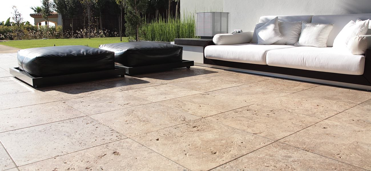 Travertine outdoor flooring, pictures and inspiration - TINO Natural Stone