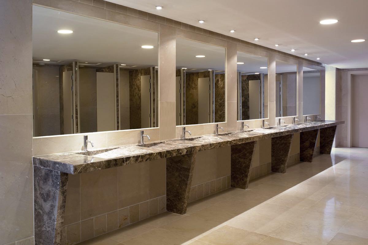 Mármol en palacios de congresos y recintos feriales - Málaga - Marble in congress palaces and fairgrounds - Baño - Bathroom