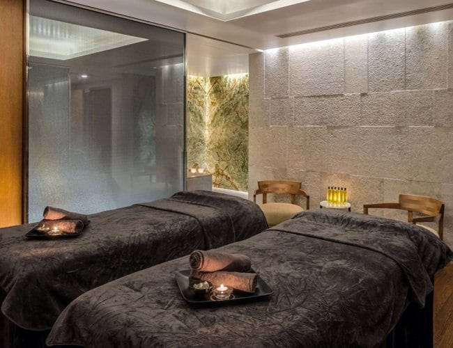 image6-r-tino-proyectos-hotel-bvlgari-londres-sala-masajes-grey-osiris-onyx-verde-raiz