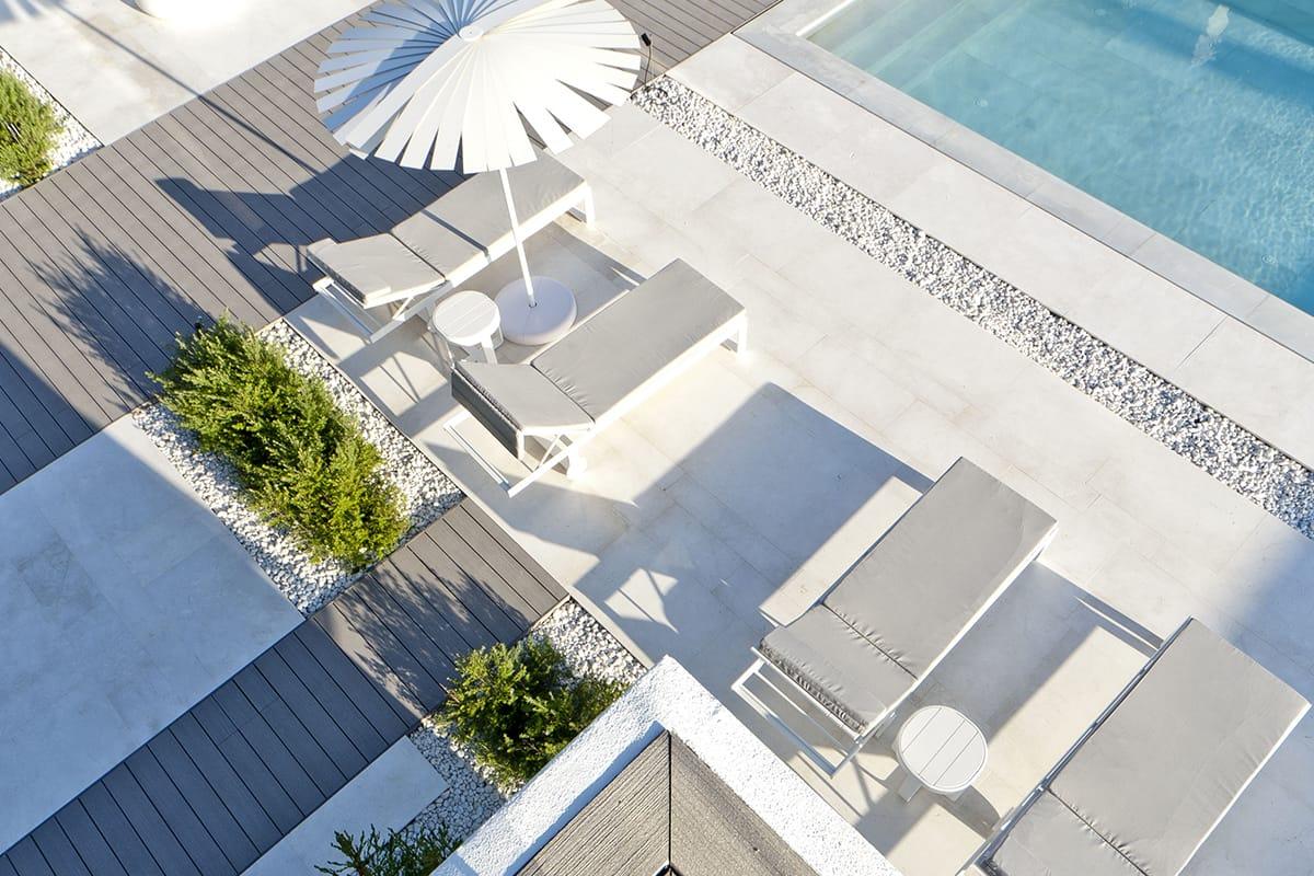 Marbella VI - Marble outdoor pools - Piscinas exteriores de mármol