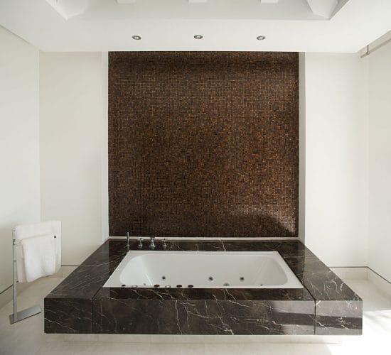 saint-alurent-baño-2