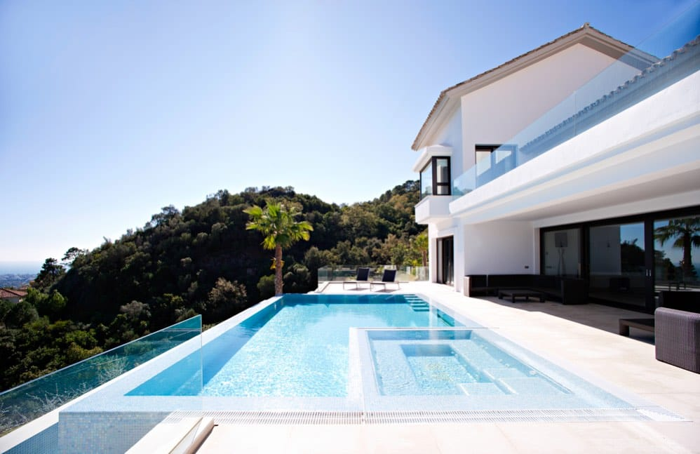 Marble outdoor pools- Piscinas de exterior en mármol