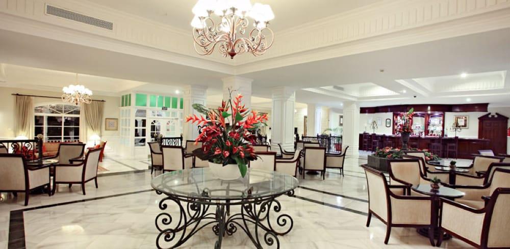Blanco Macael White - Verde Oriental Green - Bahia Principe Cayo Levantado Hall