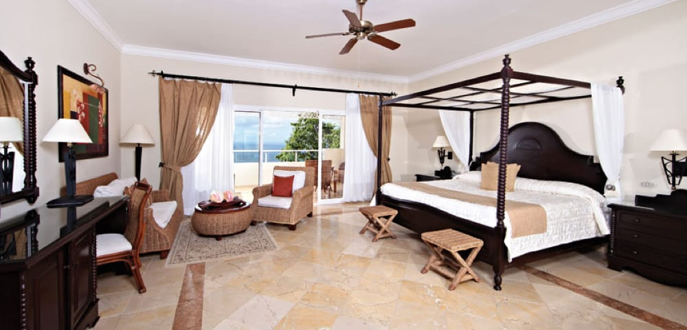 Amarillo Parador Yellow- Travertino Classico - Travertine Classic - Bahia Principe Cayo Levantado Room