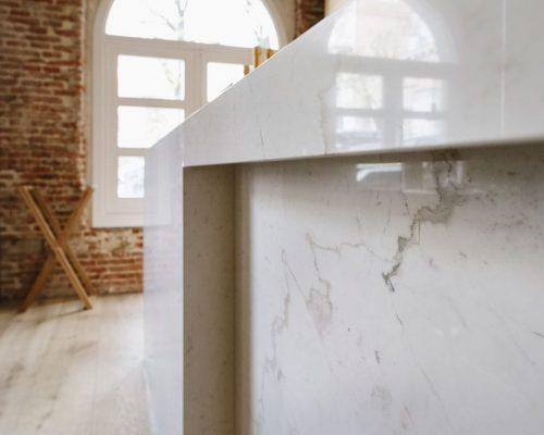 Mármol blanco en Madrid - Palacio de los Duques - White marble in Madrid