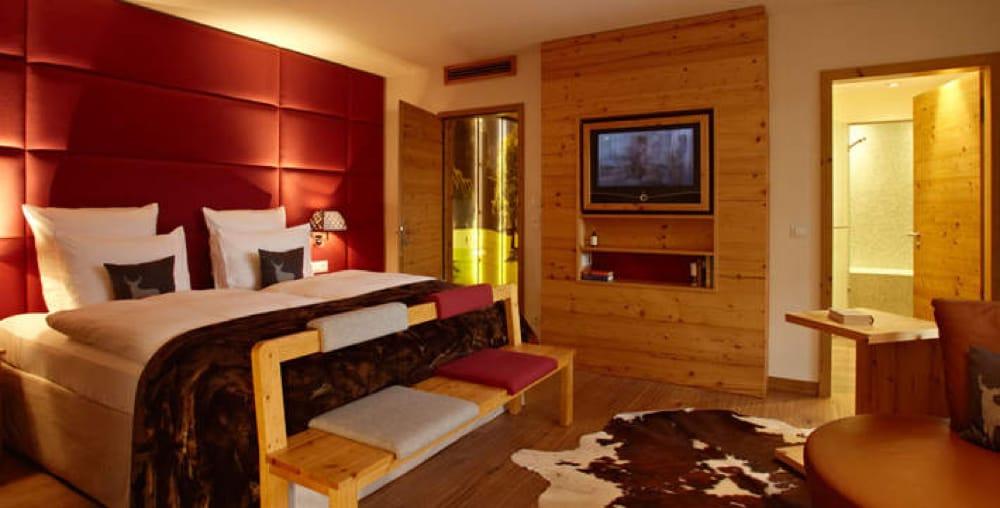 Grand Hotel Kitzbühel - Room - Habitación - Marble - Mármol