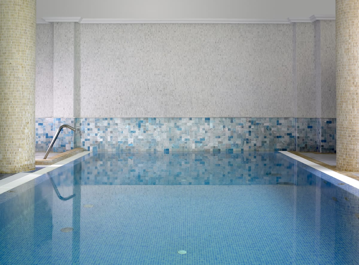 Piscina de mármol Azul TINO - Beatriz Palace - TINO Blue marble pool