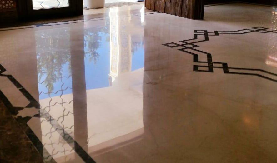 Saint Laurent - Crema Marfil - Ivory Cream - Mosaic - Mosaico - Marble Maitnenance - Mantenimiento del mármol