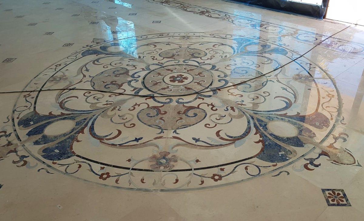 Pulido de un mosaico de mármol - Marble mosaic 2