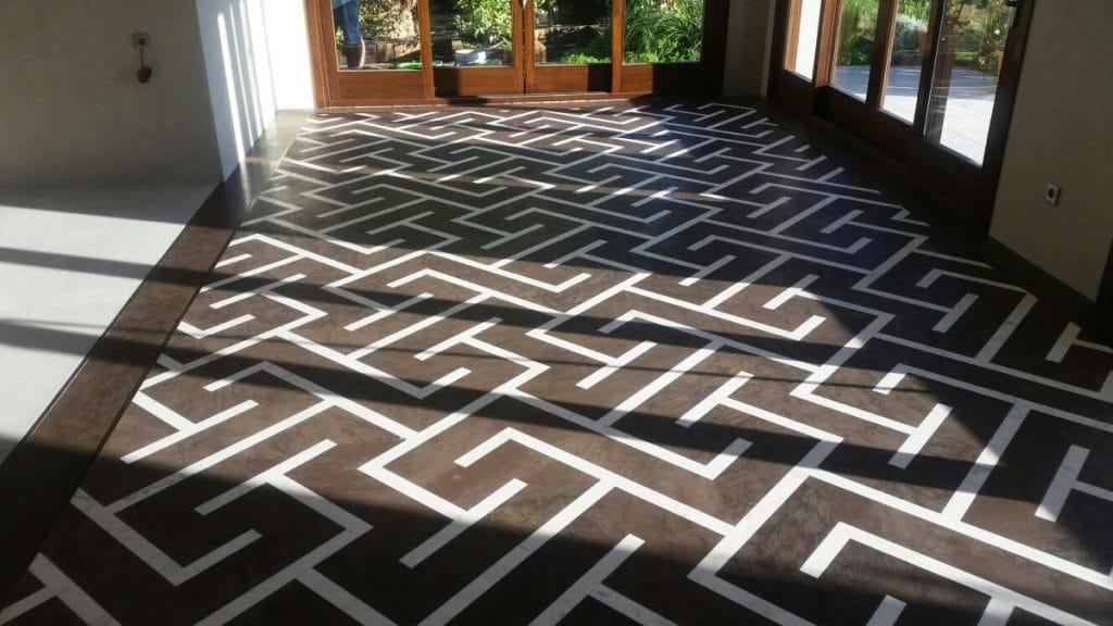 Mosaico de mármol restaurado - Wengue - Blanco Atenea White - Restored marble mosaic