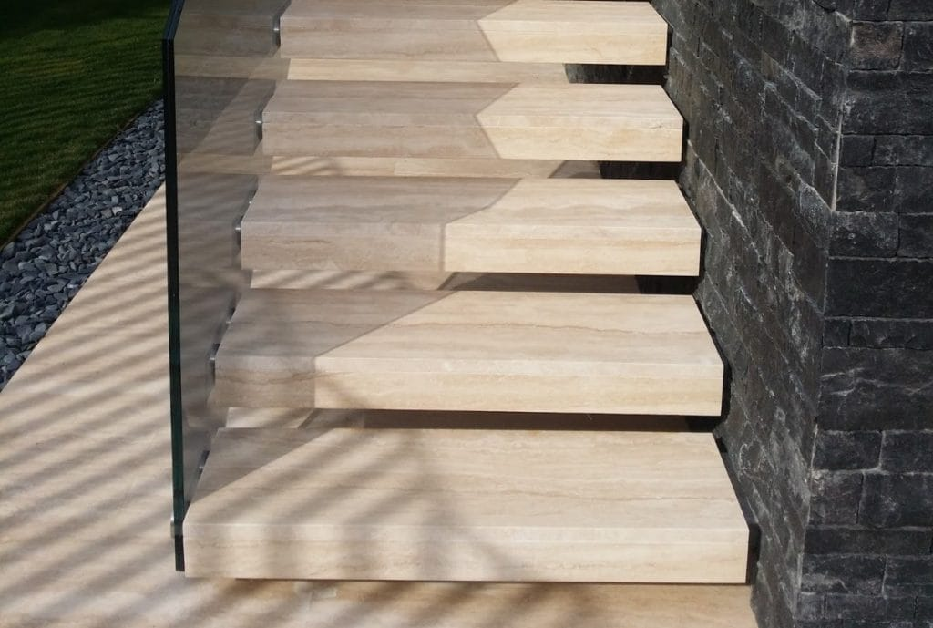 Escalera exterior de Travertino Classico - Travertine Classic exterior staircase 2