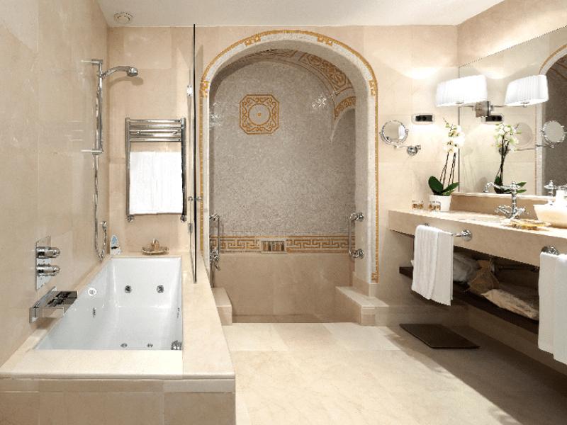 Mármol Crema Bianco Marble - Palace Barcelona - Baño - Bathroom