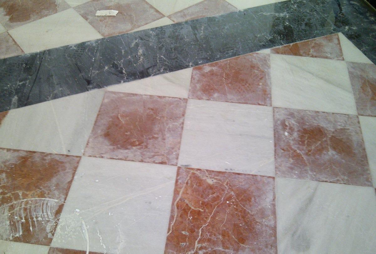 Recuperacion mosaico Rojo Alicante y Negro Marquina - Alicante Red and Marquina Black marble mosaic recovery