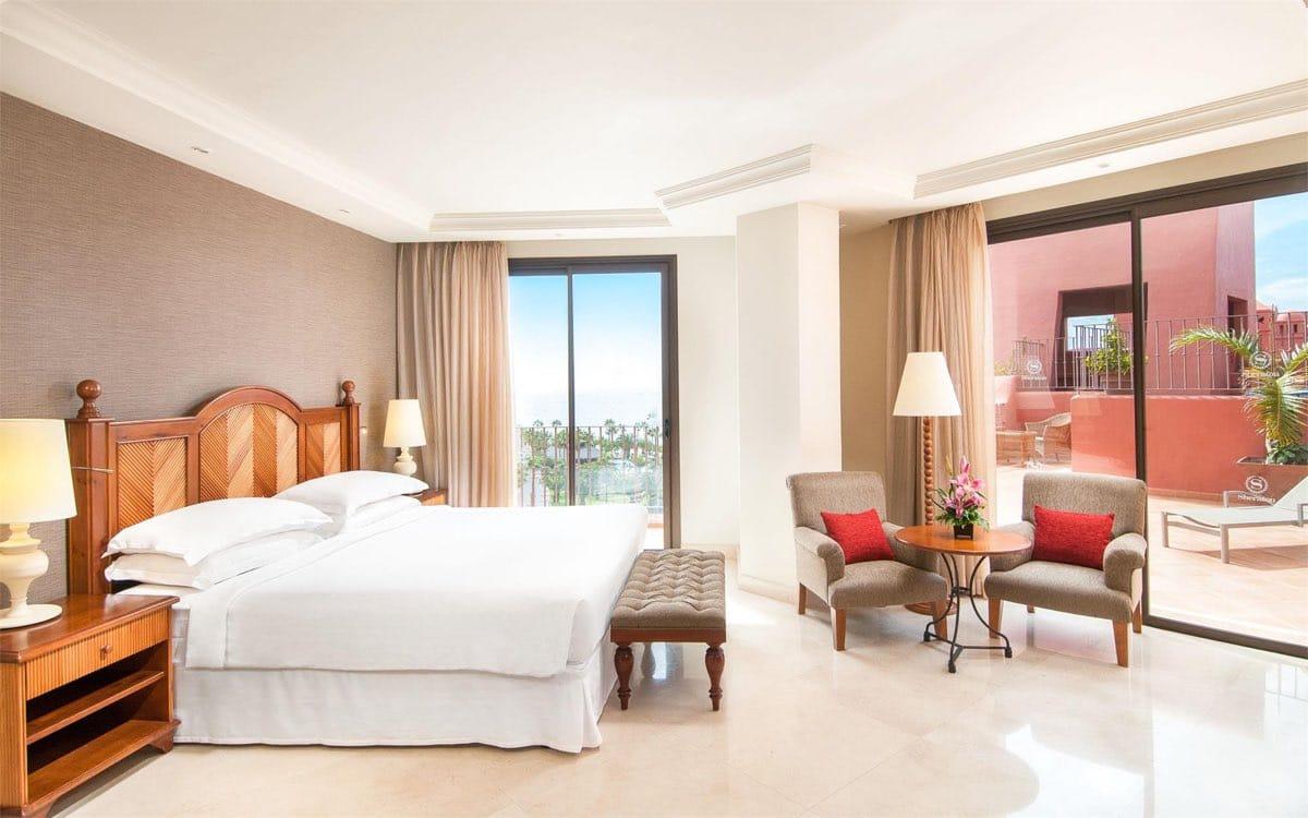 Sheraton Tenerife - Crema Bianco - Marble floor - Suelo de mármol