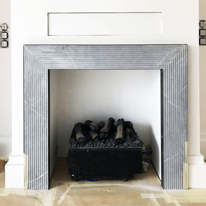 Chimenea de piedra Natural - Pietra Grey - Natural stone fireplace