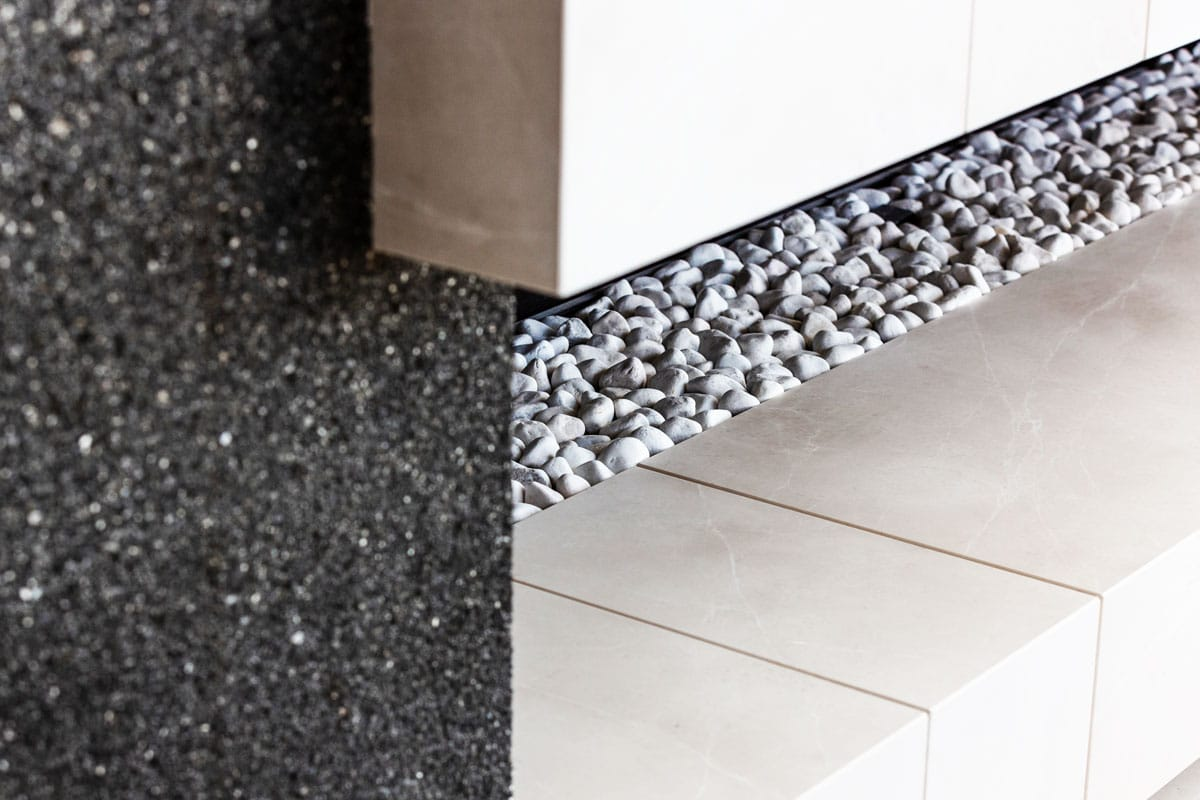 Chimenea de mármol Crema Premium - detalle - detail - Premium Beige marble fireplace