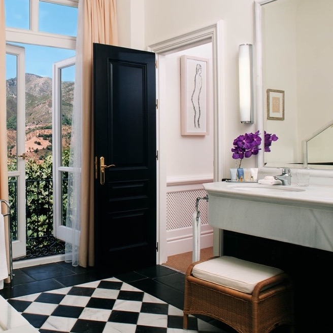 Blanco Macael White - Negro Marquina Black - Carratraca - suelo ajedrezado de mármol - Marble chess floor