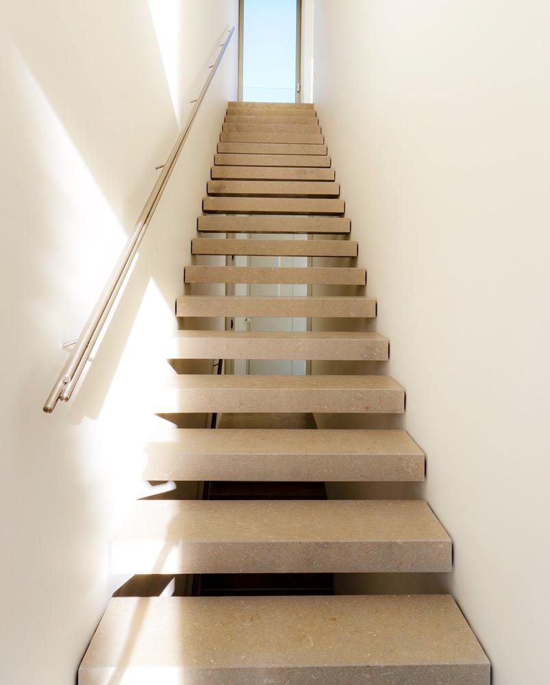 Escaleras de piedra caliza Gris Osiris - Osiris Grey limestone stairs