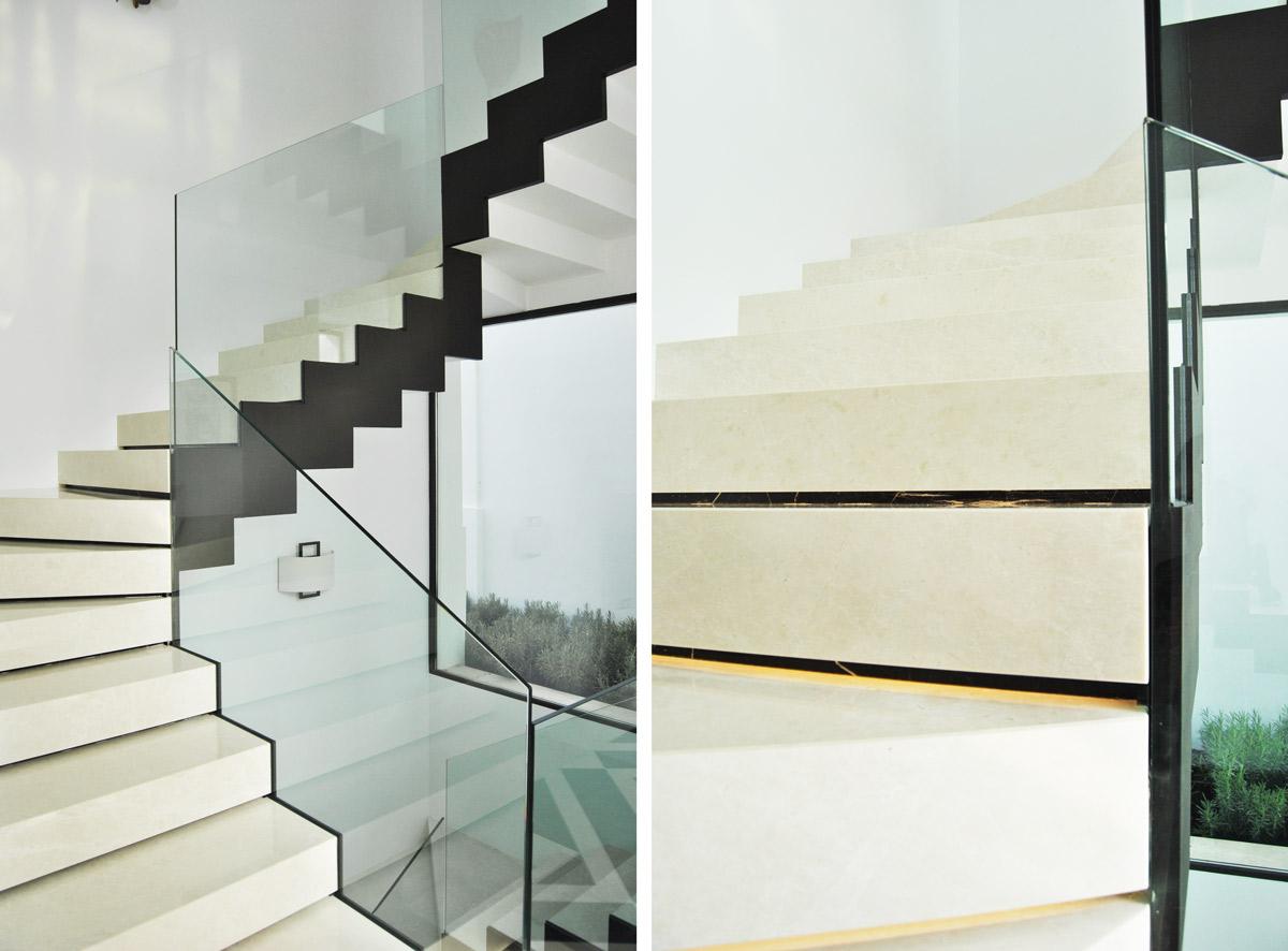 Premium Beige marble staircase - Marbella VI - Escalera de mármol Crema Premium
