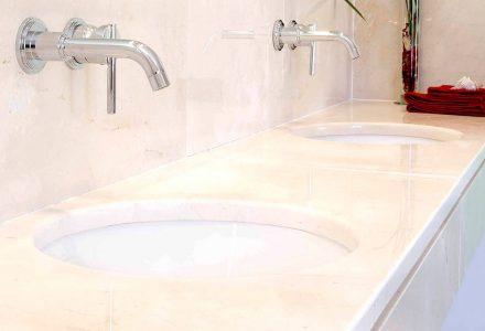 Acabado pulido - Mármol crema - Beige marble - Polished finish