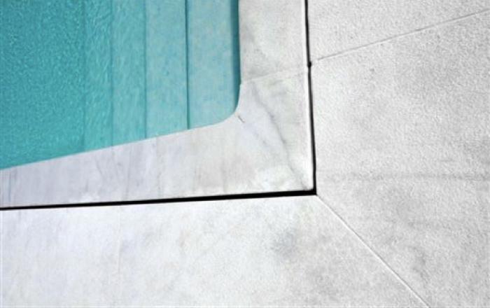 Non-slip - marble - finishes - Acabados - antideslizantes - mármol
