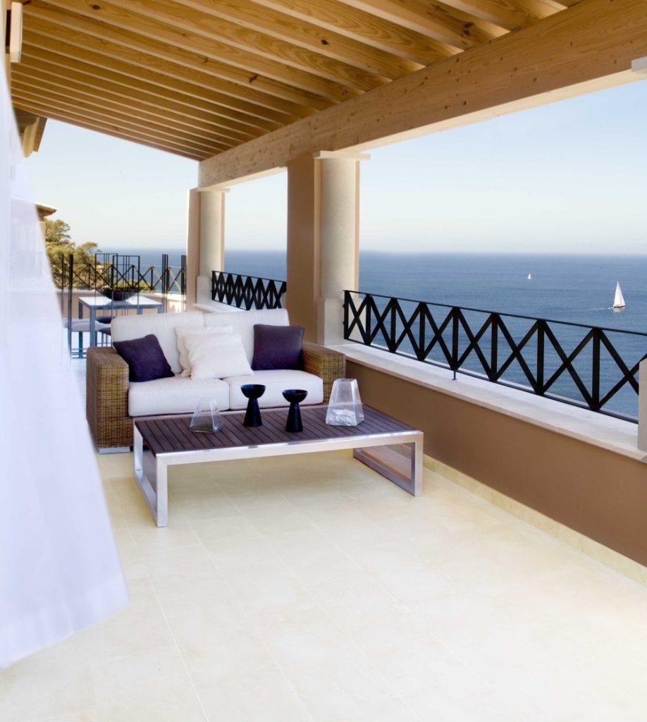 Las Milanas Mallorca - Terraza - Terrace - Crema Premium Beige