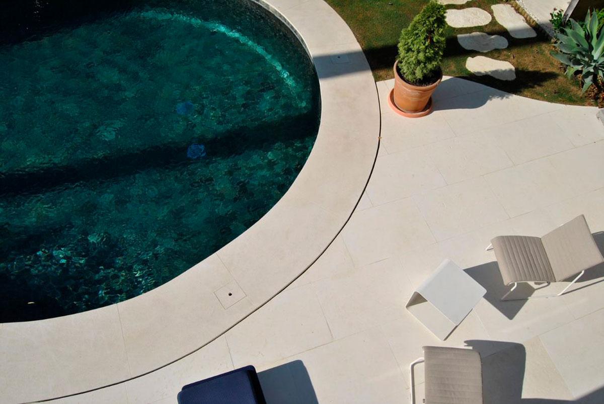 Piscina piedra natural - Villa Marbella VI - Natural stone swimming pool