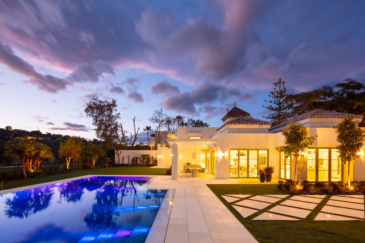 Villa VIII - Jardín y exteriores de mármol - Marble garden
