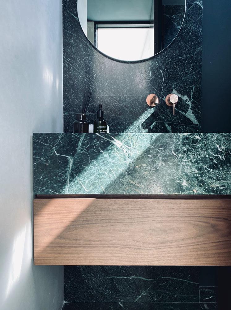 Baño de mármol Verde Guatemala - Guatemala Green marble bathroom